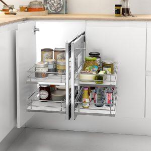 Bastidor extraíble con base de melamina diseñado para ordenar los objetos en el mueble esquinero de la cocina