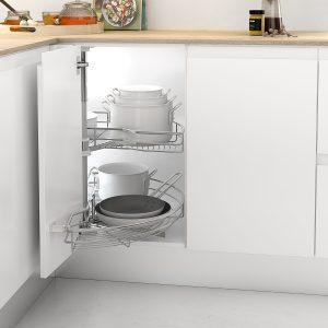 Bandeja giratoria para almacenar en una cocina ordenada