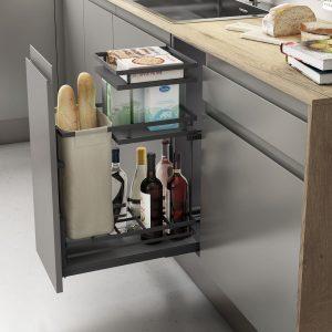 Extracción total mueble de cocina con botellero